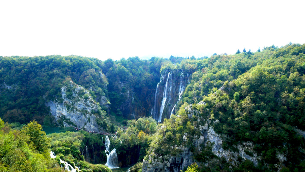 big-waterfall-plitvice