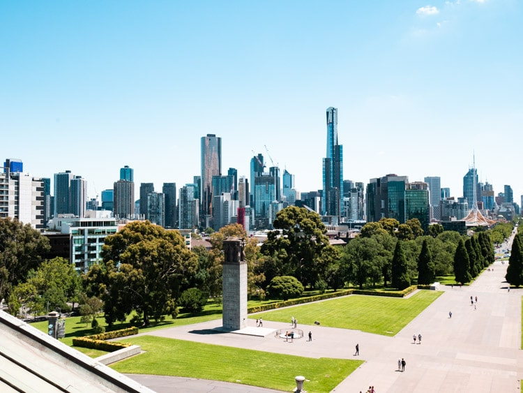 melbourne-skyline-view