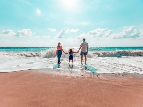 10-inspirational-family-travelers