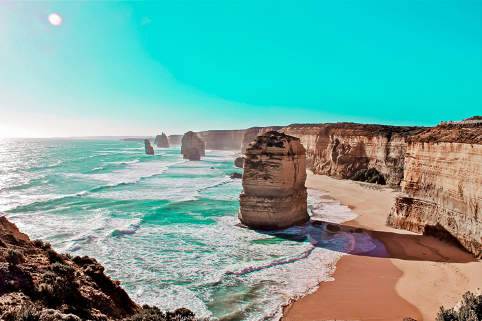 great-ocean-road-itinerary-twelve-apostles
