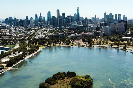 The Ultimate Melbourne Itinerary 5 Days: Coffee, Culture & Coastal Gems